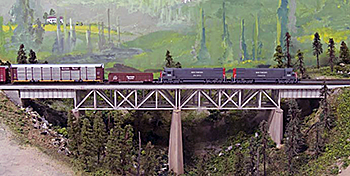 Southern Pacific passing the Applegate Crossing